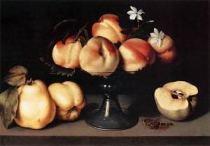 Alzata di vetro con pesche, fiori di gelsomino, mele cotogne e una cavalletta XVII secolo