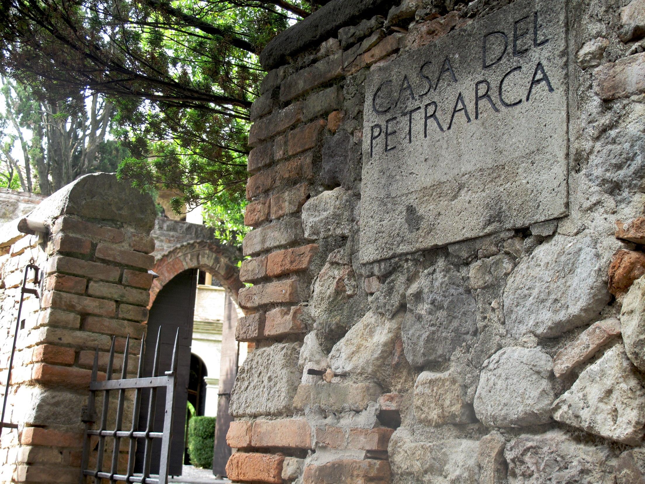 La casa del petrarca eat italy news for Casa di piantagioni del sud