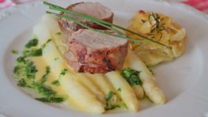 asparago-bianco-di-Bassano-e-filetto